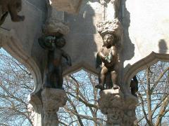 Märchenbrunnen im Von-der-Schulenburg-Park